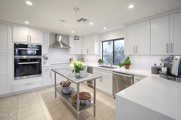 Photo #3 Stainless Appliances